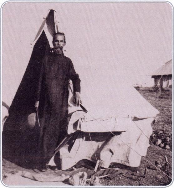 Протоиерей Георгий Голубцов, с марта по октябрь 1920 года духовно окормлявший беженцев на Лемносе.